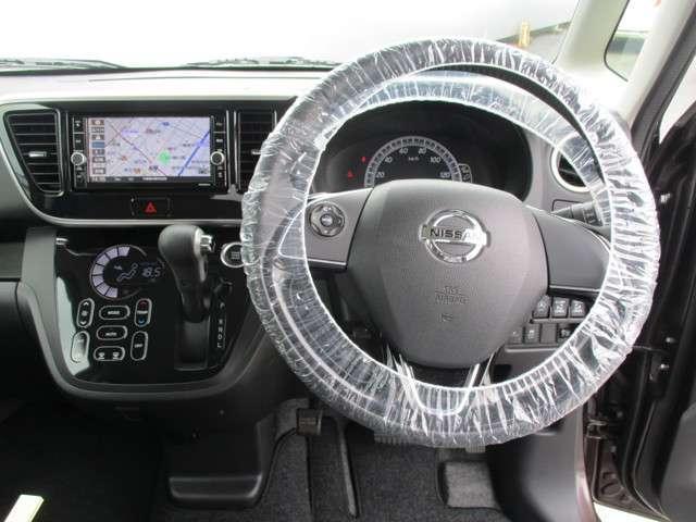ボレロ Xベース 当社社用車UP 純正ナビ アラウンドビューモニター 両側パワースライドドア 踏み間違い防止(5枚目)