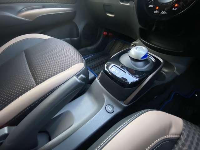 e-パワー メダリスト アラウンドビューモニタードライブレコーダー メモリーナビ フルセグTV ETC車載器 エマージェンシーブレーキ スマートミラー プッシュスタート インテリキー(18枚目)