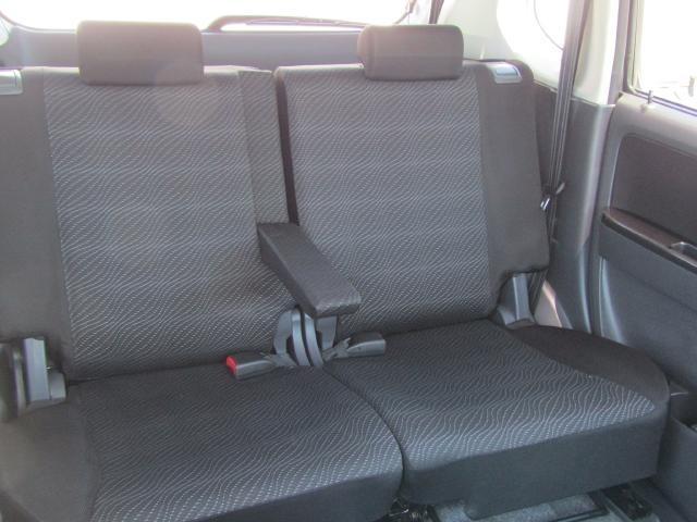 大きく厚みのあるシートクッションでロングドライブも快適(^_^)v