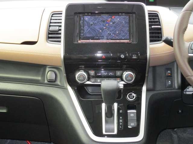 2.0 ハイウェイスター 4WD 両側電動スライド プロパイロット 社外ナビ(14枚目)