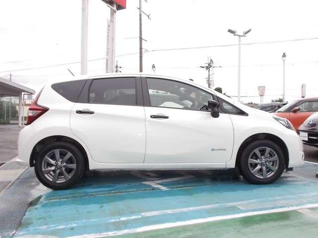 「日産」「ノート」「コンパクトカー」「滋賀県」の中古車14