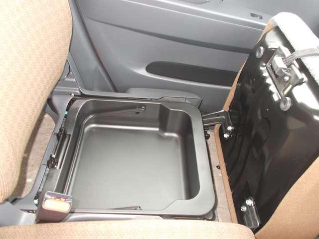 S アイドリングストップ CDチューナーバックカメラ スマキー キーフリー CD アイドリングストップ ワンオーナー ABS エアコン Rカメラ(6枚目)