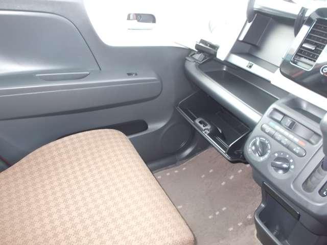 S アイドリングストップ CDチューナーバックカメラ スマキー キーフリー CD アイドリングストップ ワンオーナー ABS エアコン Rカメラ(8枚目)