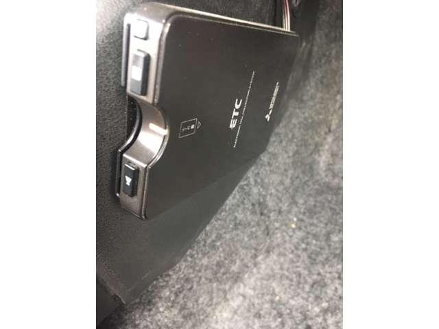 1.2 e-POWER X 衝突被害軽減ブレーキ スマキー ドラレコ付 レーンキープアシスト ナビTV メモリーナビ付き オートエアコン ワンセグ キーフリー 盗難防止 ABS パワーウィンドウ ブレーキサポート CDオーディオ エアバッグ パワステ(15枚目)