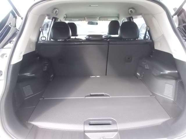 2.0 20X 2列車 4WD ルーフレール装着車 キーフリー ABS 盗難防止システム メモリーナビ アルミホイール スマキー バックビューモニター パートタイム4WD ワンオーナー車 ISTOP TVナビ ワンセグ(12枚目)