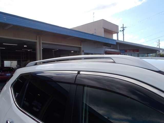2.0 20X 2列車 4WD ルーフレール装着車 キーフリー ABS 盗難防止システム メモリーナビ アルミホイール スマキー バックビューモニター パートタイム4WD ワンオーナー車 ISTOP TVナビ ワンセグ(19枚目)