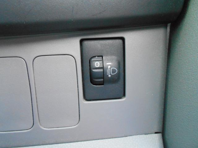 後ろに、重い荷物を積んで、夜間走行!ライトの高さを室内から調整できるので、安全、安心です。