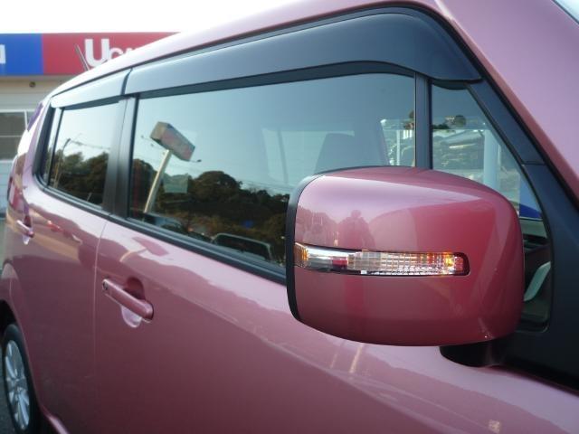 .ドアミラーウインカー付です!だから、安全・安心!さらに、最近の装備ですので友達に自慢できますよ。