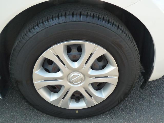 タイヤの溝もまだ大丈夫!消耗品部分で気になりますよね!