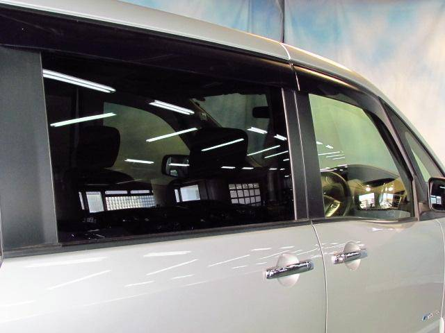日産 セレナ ハイウェイスター S-ハイブリッド 左側オートスライドドア