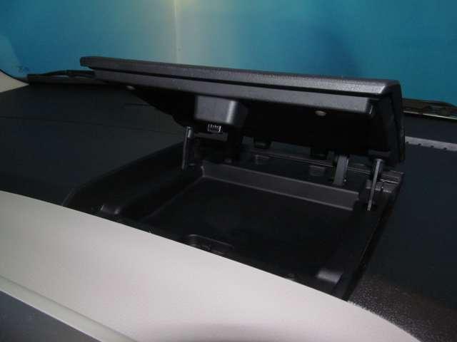 660 X W電動ドア アラウンドビュ-モニタ- ワンセグTV ナビTV アイスト 1オーナ オートエアコン スマートキー メモリーナビ キーフリー ABS WエアB 電格ミラー フルセグ(18枚目)