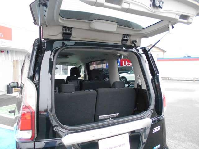 ハイウェイスター Vセレクション デカナビ フルセグ アラウンドビューモニター フリップダウンモニター 両側オートスライドドア LEDヘッドライト セーフティパックA 寒冷地仕様 快適パック インテリキー ETC ワンオーナー(16枚目)