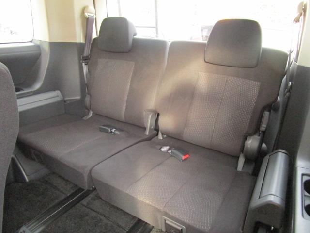 三菱 デリカD:5 22Dパワーパッケージ ディーゼル4WD 禁煙車 8人乗り