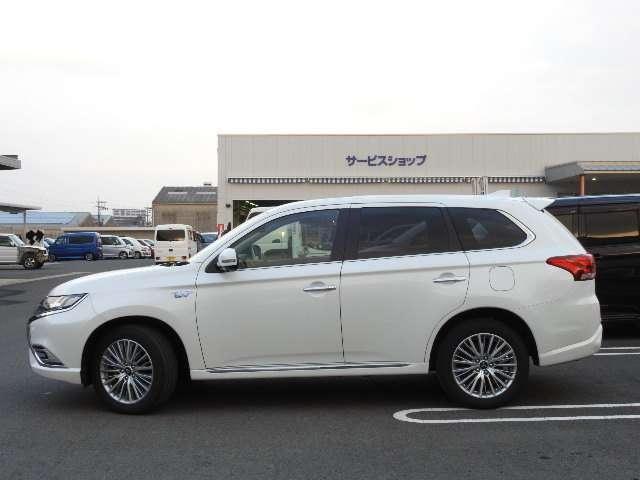 「三菱」「アウトランダーPHEV」「SUV・クロカン」「長崎県」の中古車5