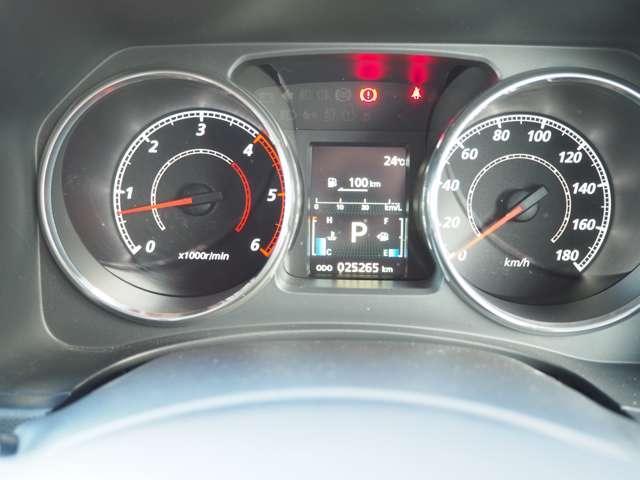 D プレミアム フルセグTV ワンオーナー ナビTV クルコン バックカメラ 4WD シートヒーター フロントカメラ メモリーナビ 両側PSドア 寒冷地仕様 電動テールゲート Dターボ ETC付 横滑り防止装置(15枚目)