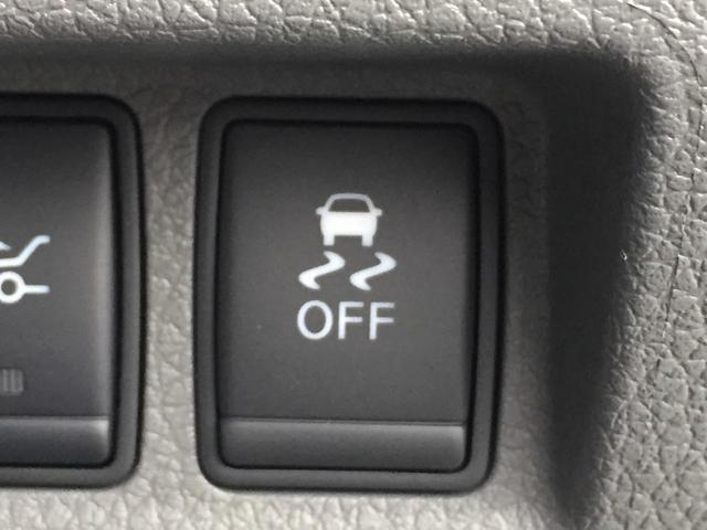 パワーウインドウ付ですので運転席と助手席の窓を開けるときも楽です。