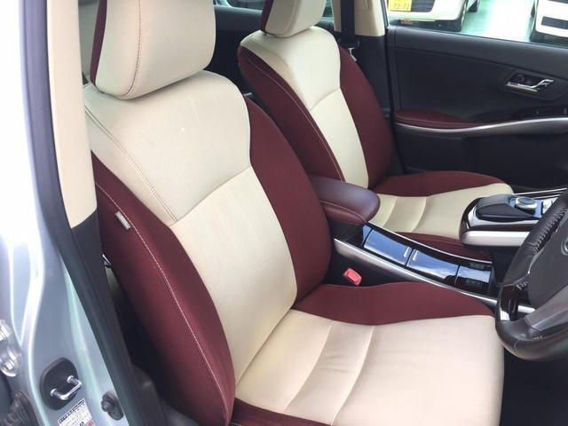 電動パワーシートですので運転中のシート調節も安全に行えます。微調整も可能ですのであなただけのドライビングポジションを実現します