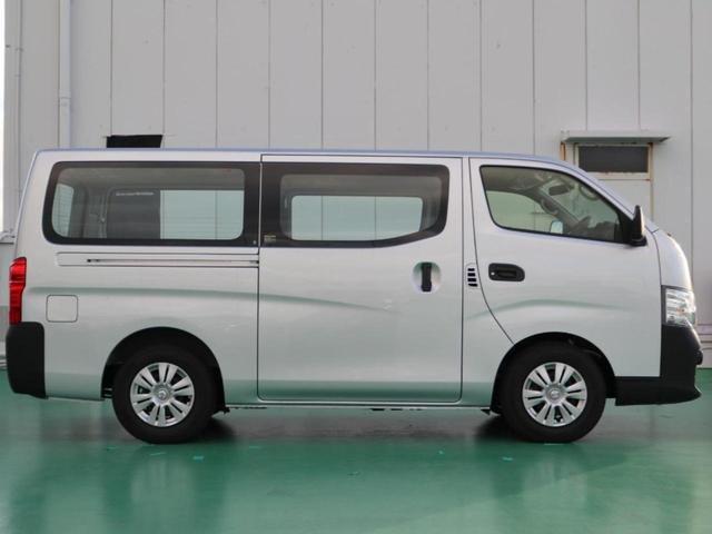 ロングDXターボ/登録済未使用車・純正ナビ・低床ディーゼル(6枚目)