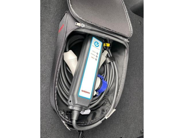 G 内地仕入 純正ナビ フルセグTV バックカメラ LED ETC AW17インチ キーレスエントリー スマートキー 盗難防止システム 衝突安全ボディ 禁煙車 オートクルーズコントロール USB入力端子(63枚目)