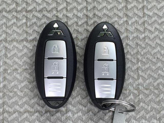 G 届出済未使用車 e-アシスト 衝突軽減ブレーキ スマートキー プッシュスタート コーナーセンサー USB入力端子 マイパイロット 電動パーキングブレーキ&ブレーキオートホールド シートヒーター(39枚目)