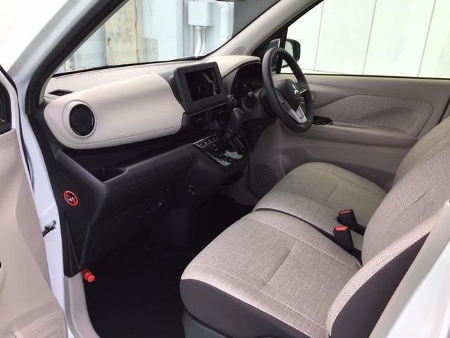G 届出済未使用車 e-アシスト 衝突軽減ブレーキ スマートキー プッシュスタート コーナーセンサー USB入力端子 マイパイロット 電動パーキングブレーキ&ブレーキオートホールド シートヒーター(52枚目)