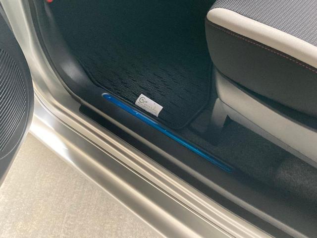X X(4名)ワンオーナー 電気自動車 内地仕入 ナビ TV パワーステアリング パワーウィンドウ ABS LEDヘッドライト フォグランプ キーレスオペレーション フロントシートヒーター パドルシフト付(45枚目)
