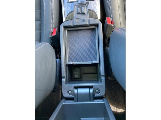 M 内地仕入 プッシュスタート スマートキー 電動格納ミラー 寒冷地仕様 ハーフレザーシート パワーシート シートヒーター LEDヘッドランプ LEDポジションランプ AC100V 1500W電源(43枚目)