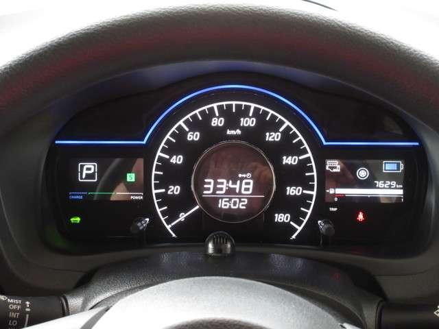 e-POWER専用ファインビジョンメーターにはパワーメーター e-POWER Driveモードインジケーター エネルギーフローメーターなどの車両情報が表示可能♪