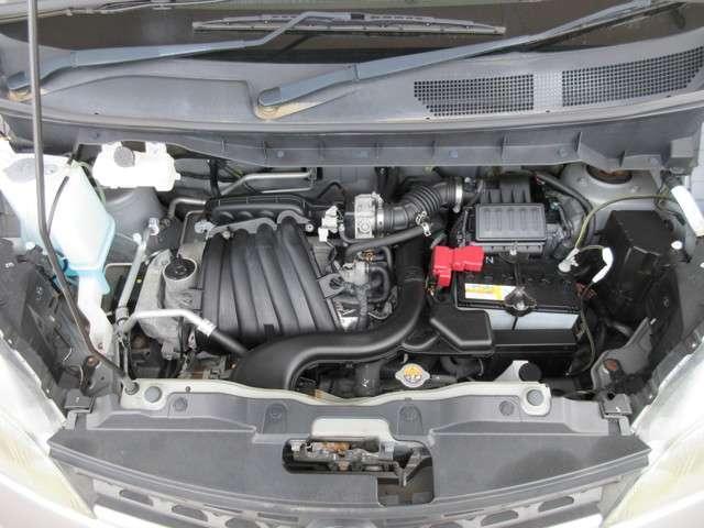室内・エンジンルールクリーニング済♪ボディも業者さまで磨き済み(^^)/エンジン出力 80(109)/6000 kW(PS)/rpm トルク 152(15.5)/4400 N・m(kgf・m)/rpm