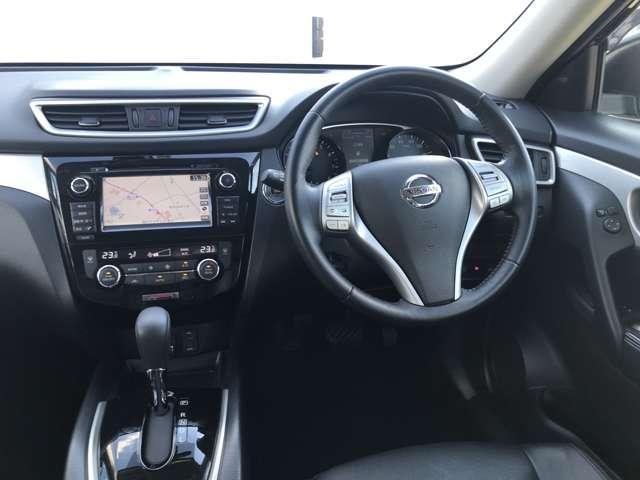 モード・プレミア オーテック30thアニバーサリー 2列車 4WD 特別仕様車 ワンオーナー クルーズコントロール ナビ ワンセグTV アラウンドビューモニター ETC 革シート(4枚目)
