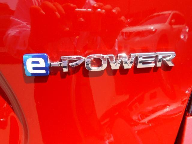 日産 ノート e-POWER モードプレミア