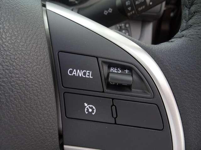 ◆クルーズコントロール◆高速走行時で、らくらく運転!ステアリングスイッチの操作により、車速約40km/h〜約100km/hの範囲内で、アクセルペダルから足を離して、一定の速度で走行できます!