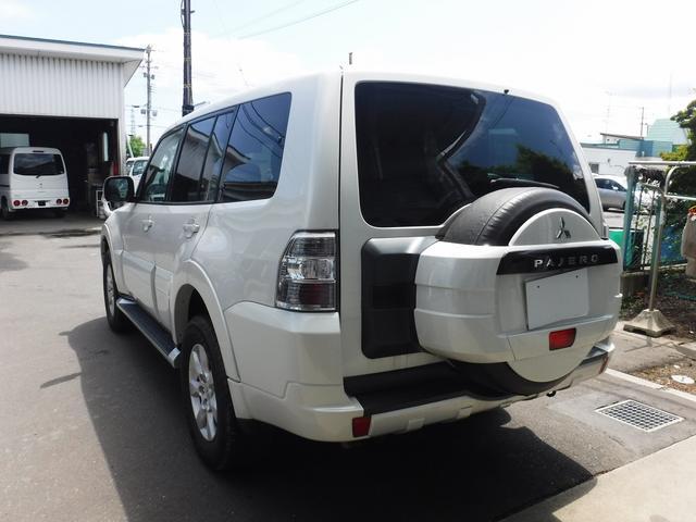 三菱 パジェロ ロング エクシード 4WD 7人乗り