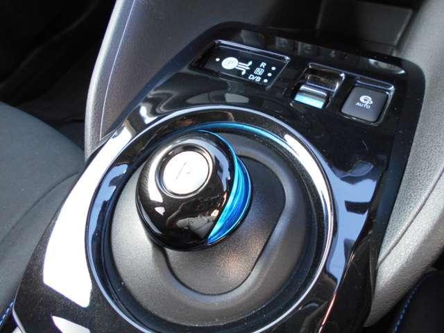G コネクトナビ アラビュ ETC プロパイロット 衝突軽減ブレーキ 踏み間違い ハンドルヒーター シートヒーター ステスイッチ スマートミラー LED フォグ インテリ(12枚目)