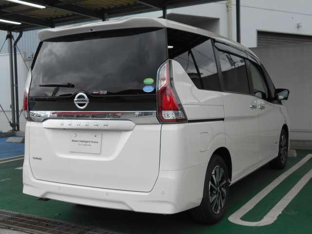 2.0 XV 試乗車・10型ナビ・後席モニタ・プロパイ(2枚目)