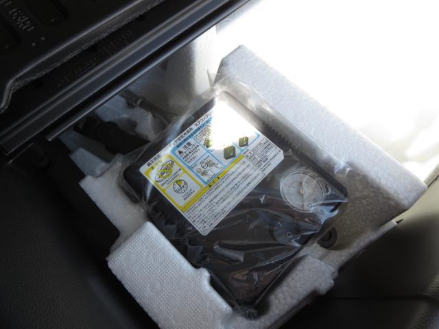 エアーコンプレッサー付きで、自宅でも簡単にタイヤに空気を入れれます!