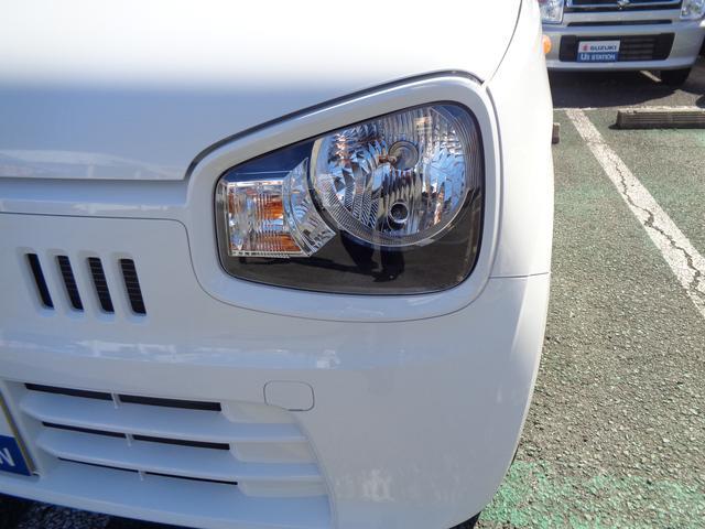 ヘッドライトはマルチリフレクターハロゲンヘッドランプです