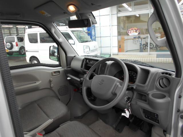 【車両状態のお話】当店には(財)日本自動車査定協会の検定を合格した検査員が常駐し、お車ごとに実車を査定しカーチェックしています。お車の状態を出来るだけ把握していただきたいと考えております。