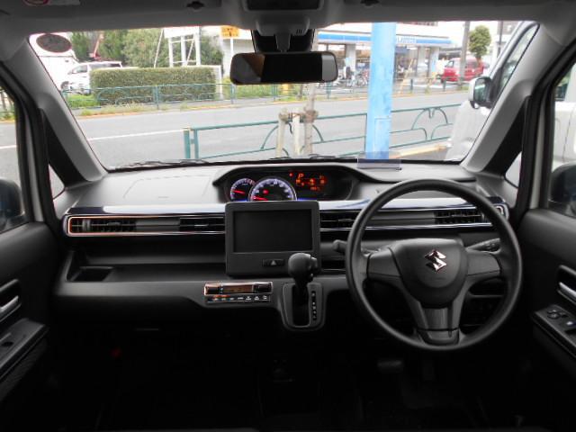 【メンテナンスのお話】スズキの中古車には「安心メンテナンスパック」のご加入をオススメ。点検整備とオイル交換がセットになったお得なプランです。全国のスズキでメンテナンスが受けられます。