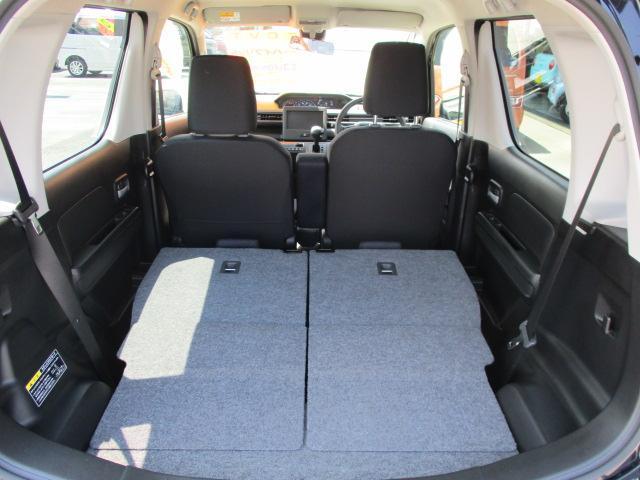 後部座席にもリクライニング機能とシートスライド機能が付いておりますので、快適に乗ることができます!!