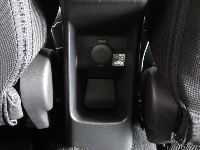 XS キーレスエントリー アルミホイール 衝突防止システム ABS エアバッグ エアコン パワーステアリング パワーウィンドウ スマートキー 盗難防止システム HIDヘッドライト 横滑り防止装置(26枚目)