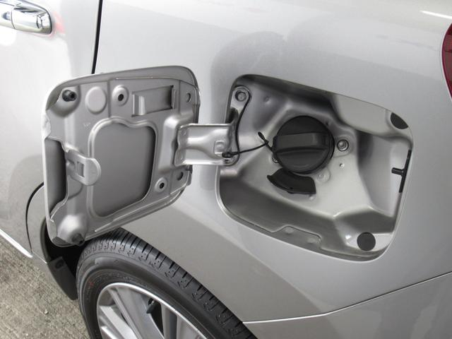 XS キーレスエントリー アルミホイール 衝突防止システム ABS エアバッグ エアコン パワーステアリング パワーウィンドウ スマートキー 盗難防止システム HIDヘッドライト 横滑り防止装置(40枚目)