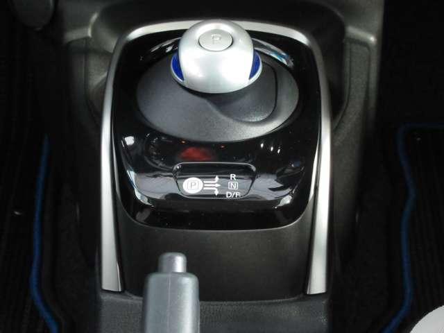e-パワー X メモリーナビ アラウンドビューモニター スマートルームミラー ドライブレコーダー ETC2.0 踏み間違い防止装置(4枚目)