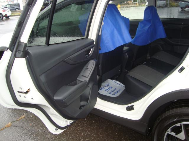 シートの高さは乗り降りに丁度良い高さに設定。疲労軽減と楽しいドライブを提供いたします。