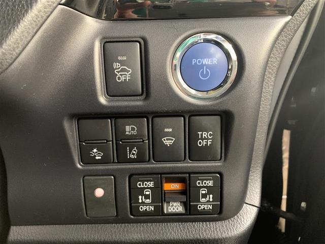 ハイブリッドGi ブラックテーラード フルセグ DVD再生 後席モニター バックカメラ 衝突被害軽減システム ETC 両側電動スライド LEDヘッドランプ 乗車定員7人 3列シート ワンオーナー(17枚目)