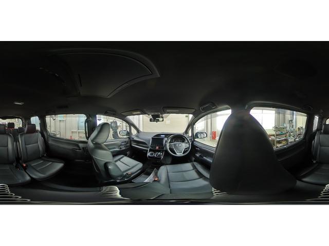 ハイブリッドGi ブラックテーラード フルセグ DVD再生 後席モニター バックカメラ 衝突被害軽減システム ETC 両側電動スライド LEDヘッドランプ 乗車定員7人 3列シート ワンオーナー(31枚目)