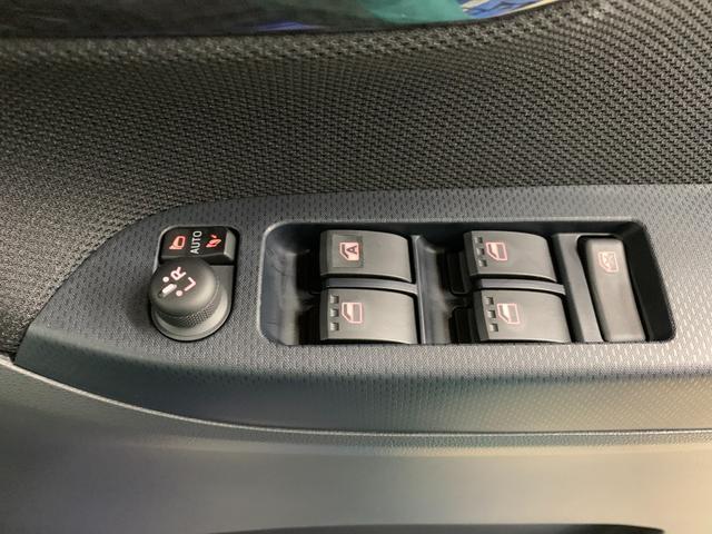 カスタム XリミテッドII SAIII アイドリングストップ スマートキー AW LED 盗難防止(30枚目)