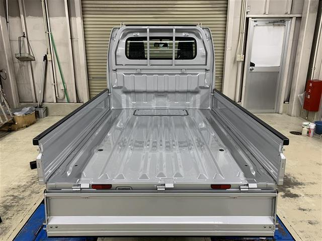 KCエアコン・パワステ 4WD ABS 運・助手席エアバッグ 5速マニュアル(6枚目)