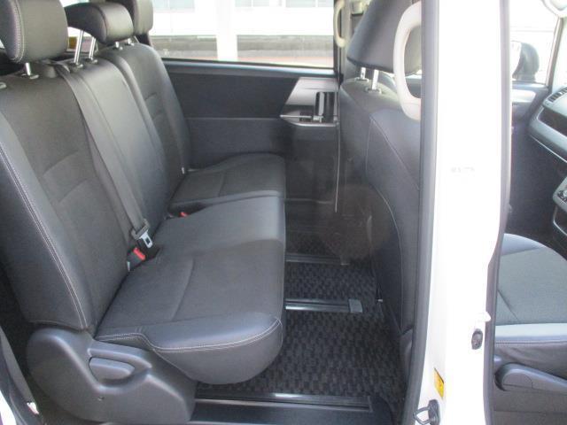 ZS 煌Z 4WD ワンセグ メモリーナビ バックカメラ ETC 両側電動スライド HIDヘッドライト ウオークスルー 乗車定員8人 3列シート 記録簿(14枚目)