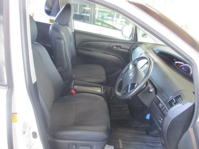 体をしっかり支えてくれるシート・乗り心地良好です。運転中もリラックス!